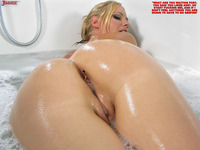 nude ass sex ass blonde butt crush collage nude oil pussy tiny man wet entry
